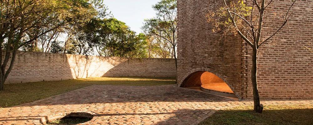 argentina-chapel-architecture-shadow-capilla-san-bernardo-Nicolas-Campodonico-8