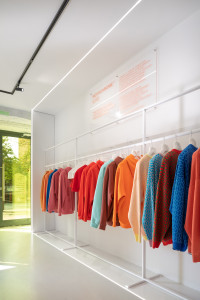 дизайн проект шоурума, дизайн проект магазина, дизайн магазина одежды, дизайн проект современного магазина, дизайн магазина monochrome